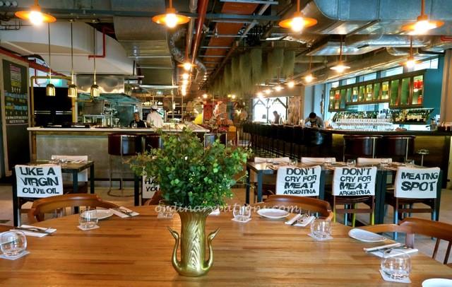 Singapore romantic restaurant