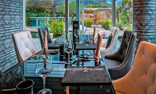 Romantic restaurants in Singapore for Valentine