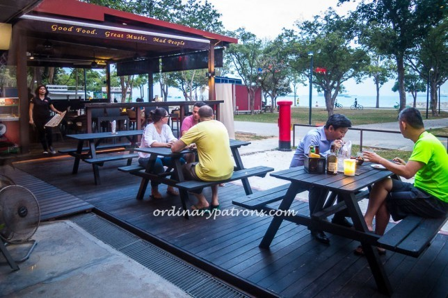 It is not gourmet stuff but it is more than acceptable if your main objective is to have drinks and food is just incidental or you just want a hearty meal after a day of exertion in East Coast Park.
