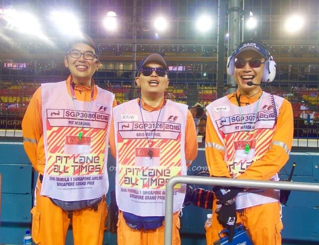 f1-singapore-2016-paddock-club-pit-lane-cars-1