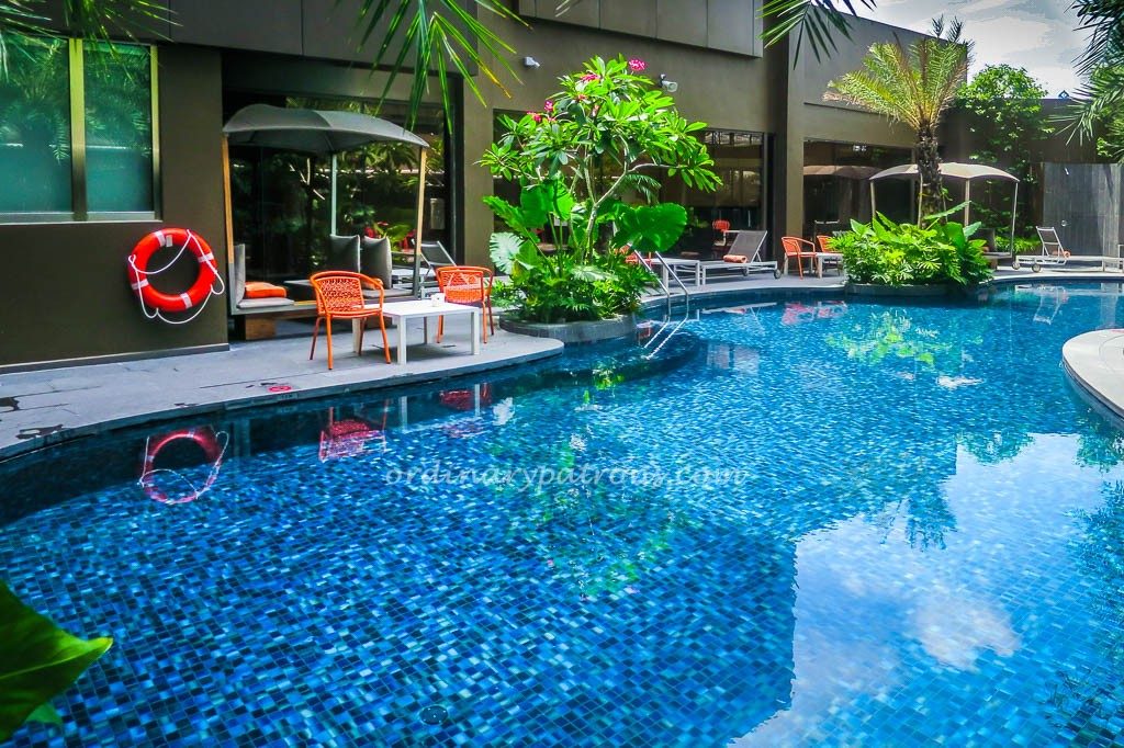 Poolside Dining at Chat & Chow, ibis Styles at new ...