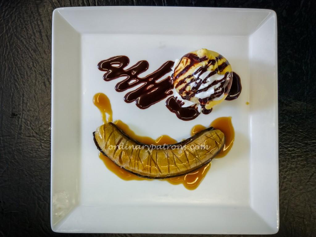 Desserts at Collin's Restaurant