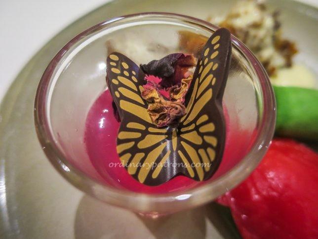 Escape Restaurant & Lounge-