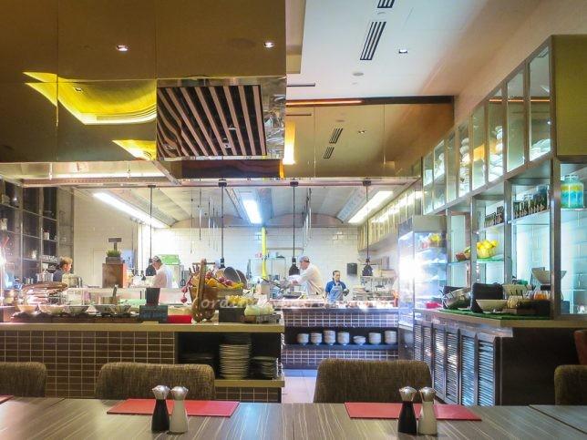 Escape Restaurant & Lounge