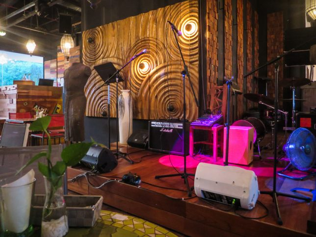 Basil & Thyme Live Performance Stage