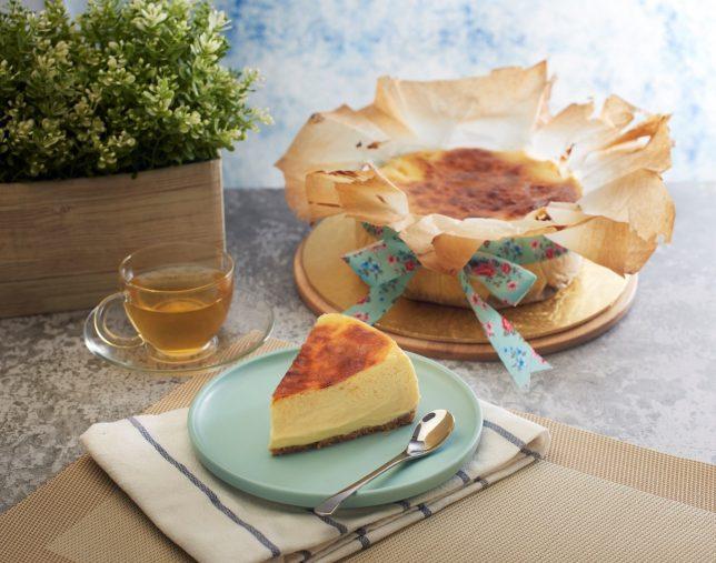 FlouRice's Burnt Cheesecakes